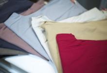 Hosen in verschiedenen Farben